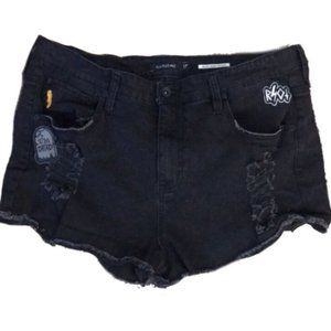 Hot Topic Blackheart High Rose Patch Shorts 17